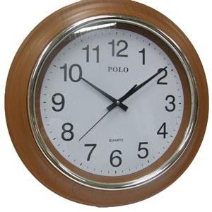 שעון קיר גדול ומהודר עם ספרות גדולות